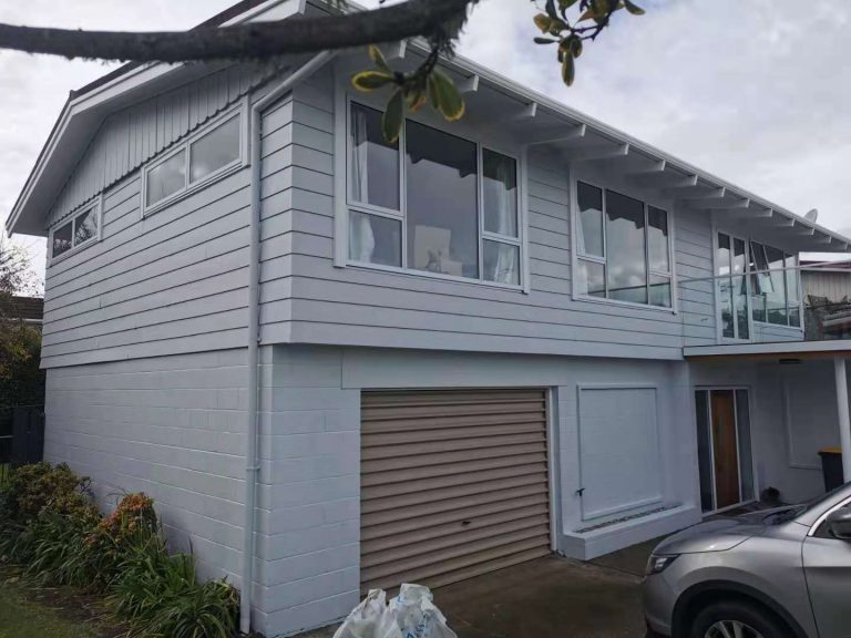 Exterior Painting in Hillcrest North Shore